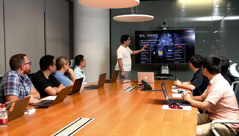 图2:世界顶级研发者汇聚一堂.jpg